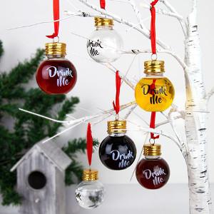 Julgranskulor som går att fylla med dryck