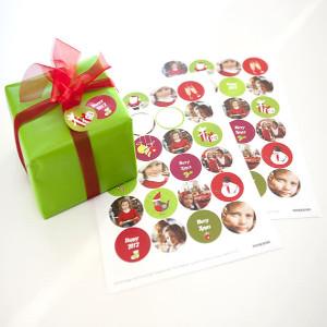 Egna juletiketter med foton