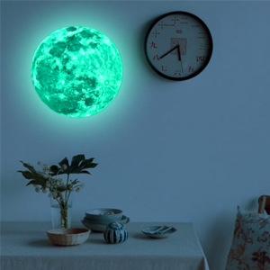 Självlysande måne - Julklappstips på väggdekor till barnrum